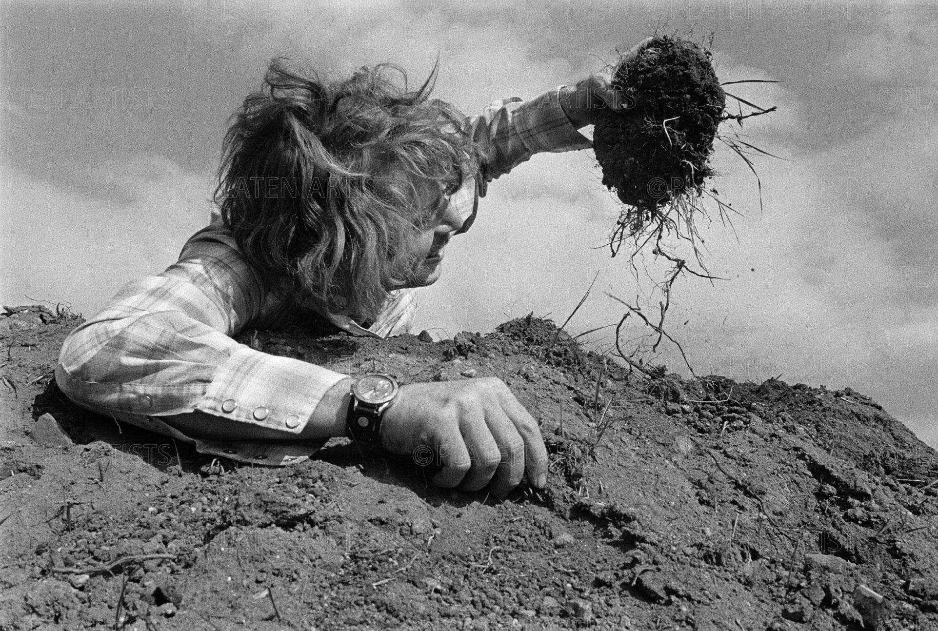 Dennis Oppenheim, Ein Batzen für Angelika, Düsseldorf, 1969