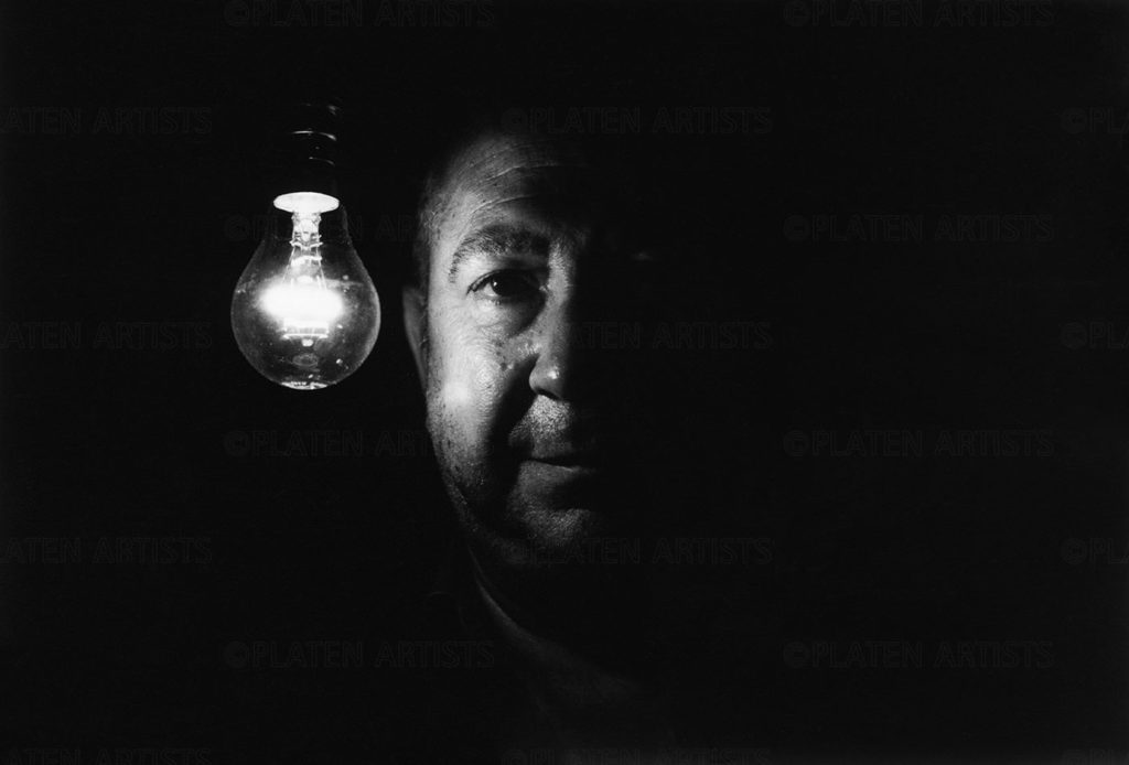 Christian Boltanski, Nachtlicht, Basel, 2003